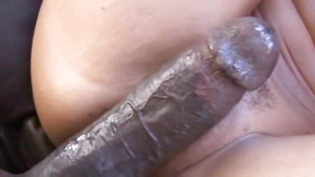 Les mecs ont non seulement film gratuit amateur porno nourri la chienne avec du sperme, mais ont également satisfait leurs trous