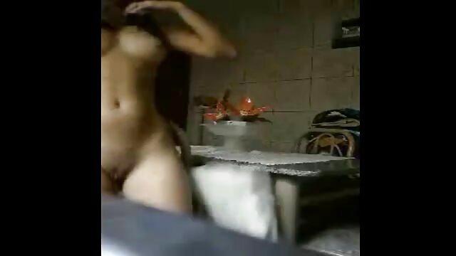 Karlie Montana adore se masturber la chatte film porno amateur française