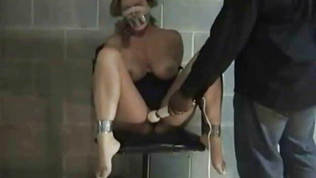 Penny Pax baise avec deux film porno amateur allemand hommes