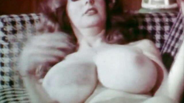 Chick film x gratuit francais amateur se masturbe et baise un gode anal et chatte en gros plan