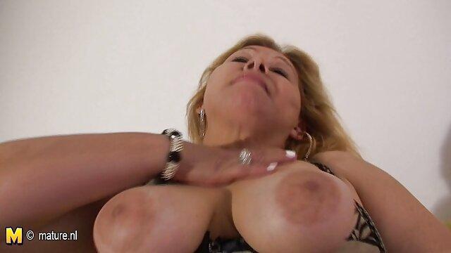 Baisée en anal deux brunes cool film porno amateur français