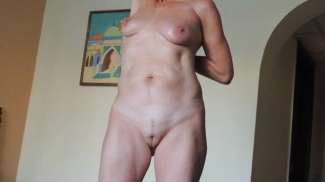 Super chaude Katie extrait video porno amateur Morgan se fait défoncer la chatte par une bite noire