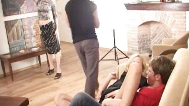 La grosse brune est très mobile film amateur x français et toute position lui est acceptable