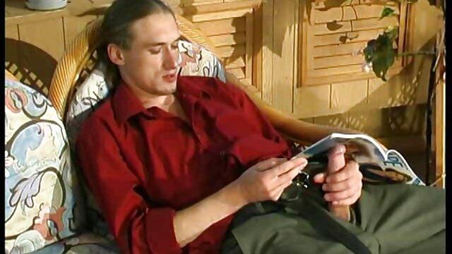 Femme mature a film amateur francais x joué avec un vibromasseur