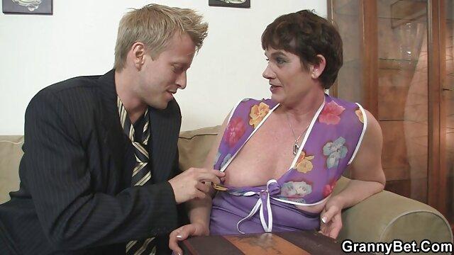 Mandi est fière de ses seins luxueux, elle profite elle-même de sa richesse et ne film x français amateurs regrette pas ces melons mûrs juteux pour deux jeunes amis