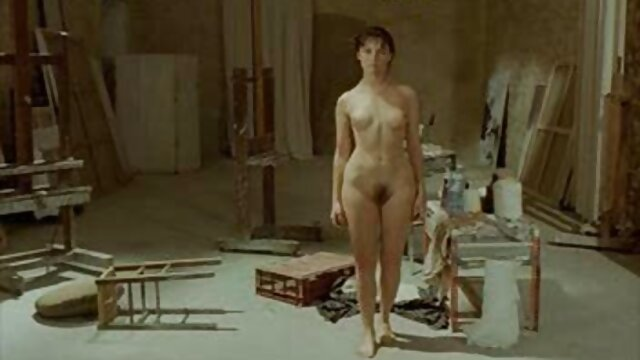 Une film x français gratuit amateur vieille blonde se masturbe avec un gode
