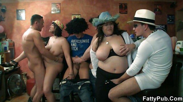 Un beau chauve film x amateur allemand baise des femmes sexy et trouées et fait Cooney